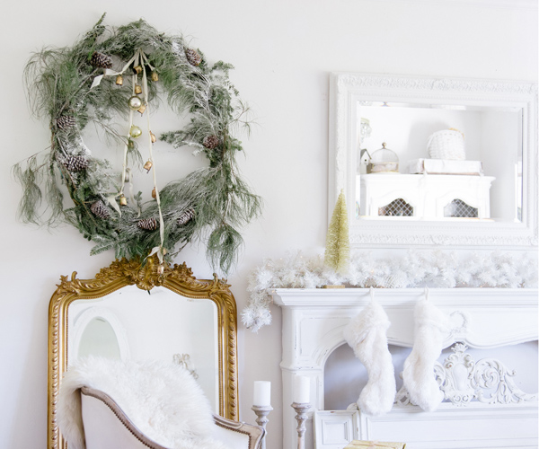 DIY Oversized Christmas Wreath Hack by Shabyfufu preview image